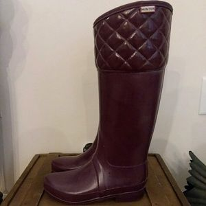 Hunter Burgundy Quilted Top Boots- Size 6